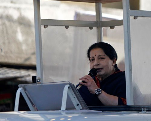 Jaya ends whirlwind campaining; says she is better than Modi