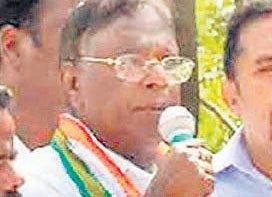 Narayanasamy finds it tough in Puducherry