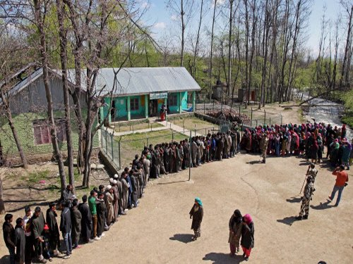 21 per cent voter turn out recorded in Anantnag till 3 PM