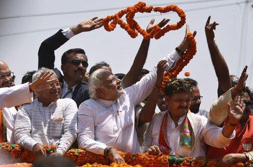 Modi's 'televised' road show invites Cong ire