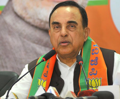 Stall army chief's appointment: Swamy to Pranab