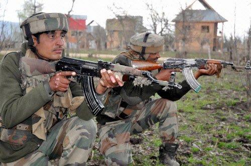 Two guerrillas, soldier killed in Kashmir gunfight