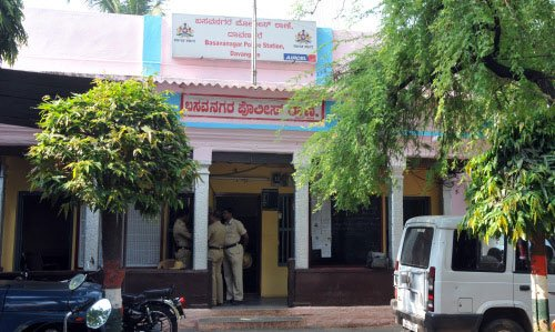 Lokayukta cops raid 19 premises of 7 govt officials
