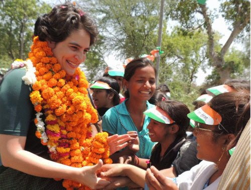 Don't vote for 'outsiders', says Priyanka in Amethi