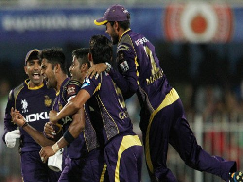 Knight Riders elect to bowl against Kings XI