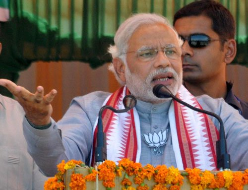 Modi hits back at Rahul, asks to remain 'within limits'