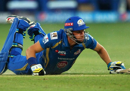 Mumbai search for first win against DD