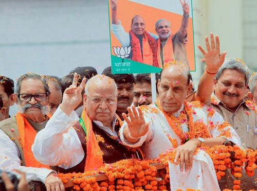 Rajnath holds roadshow in Lucknow in last leg of campaigning