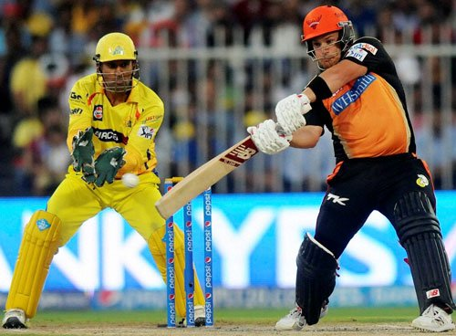 Late burst, Finch's fighting knock takes SRH to 145/5