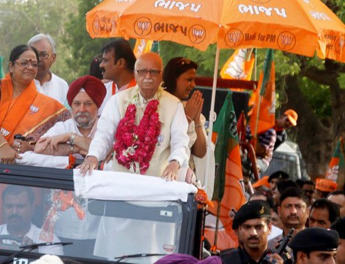 BJP all out to ensure Advani wins big