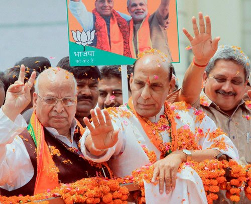 Rajnath hopes to win Lucknow with Vajpayee's aura