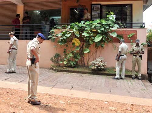 Accused escapes from hospital: 2 police personnel suspended