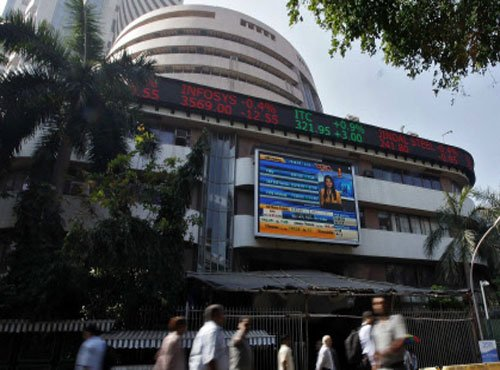 Sensex slumps by 165 pts;profit-booking continues for 3rd day