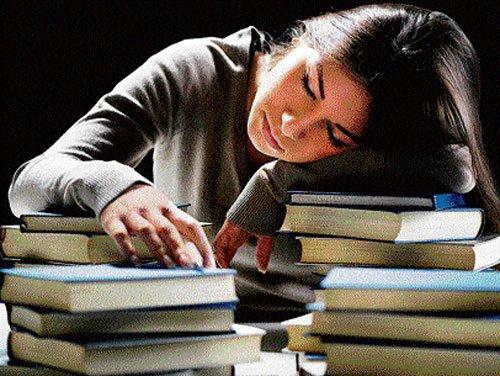 Integrated PU courses burden parents, students