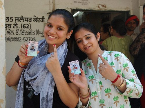 Moderate to high turnout in Round 7 of polling in LS elections