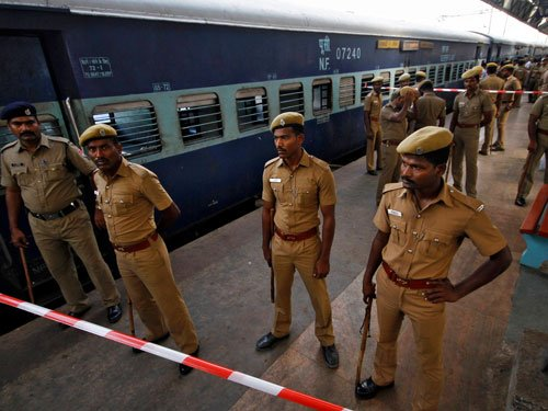 One killed in bomb blasts in train: Police detain a suspect
