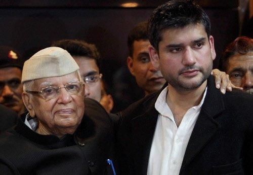 N.D. Tiwari meets his woman companion