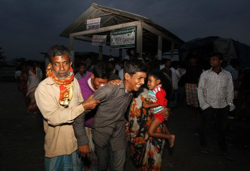4 injured in police firing in bandh-bound Assam