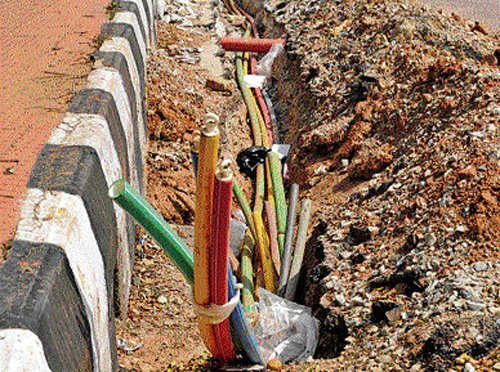 Optical Fibre Cable companies turn milch cows for broke Palike