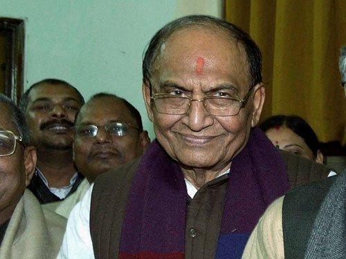 BJP should govern Bihar if Nitish falls: Thakur