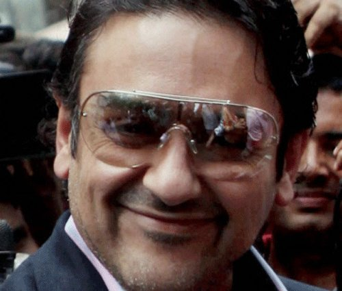 HC allows Adnan Sami to visit Pak, UK for mother's treatment