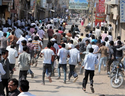 20 injured in political clash in Bengal