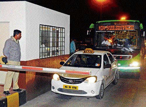 State asks Centre to reduce toll charges along airport road