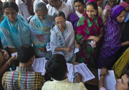 Massive turnout during re-polling in Uttar Pradesh