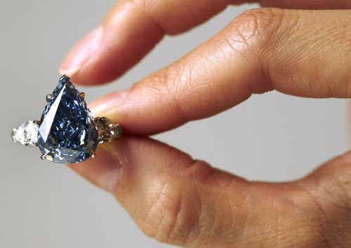 World's largest flawless blue diamond fetches $23.7 mn