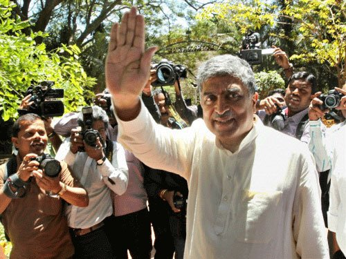 Nilekani concedes defeat as counting progresses