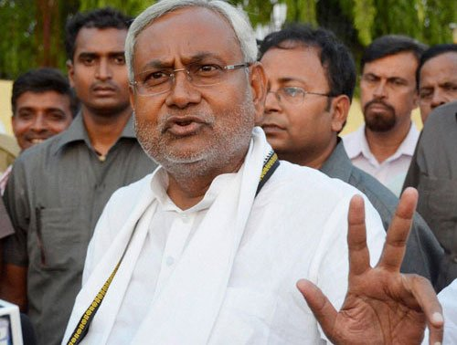 Nitish won't withdraw resignation, JD-U to elect new leader