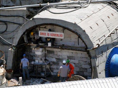 Turkish police detain 24 in mine disaster probe