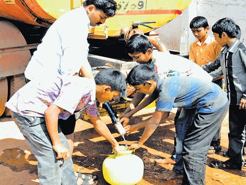 Parched areas to get water through tankers