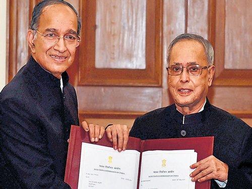 President dissolves Lok Sabha; gets list of new MPs