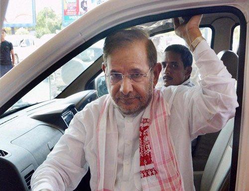Ahead of JD(U) meet Sharad says Nitish resignation is 'final'