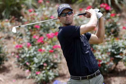 Scott topples Tiger Woods as world No. 1