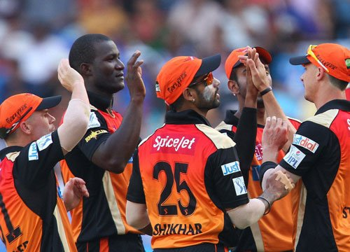 Sunrisers stay in hunt with a 7-wkt win over RCB