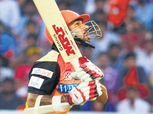 Sunrisers dent RCB hopes with convincing win