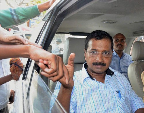 Kejriwal apologises for resigning midway
