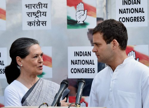 Sonia congratulated Modi: Congress