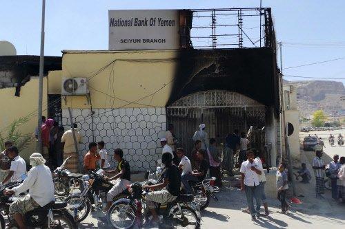 Al Qaeda militants kill 31 in Yemen