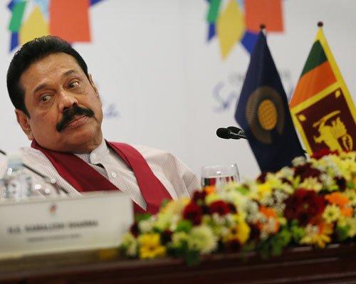 Rajapaksa, Ramgoolam arrive for Modi's swearing-in