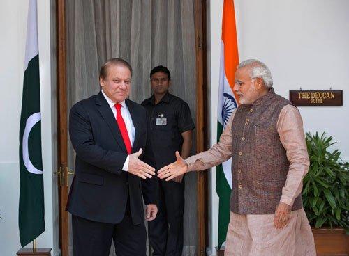 US applauds Modi-Sharif meeting but 'cautiously hopeful'
