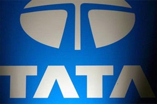Tata Motors Q4 net profit declines to  Rs 3,918 cr