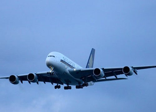 First flight of superjumbo to India takes off