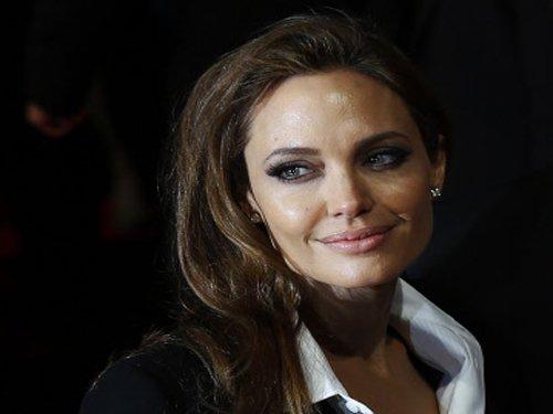No dress, no marriage: Angelina Jolie