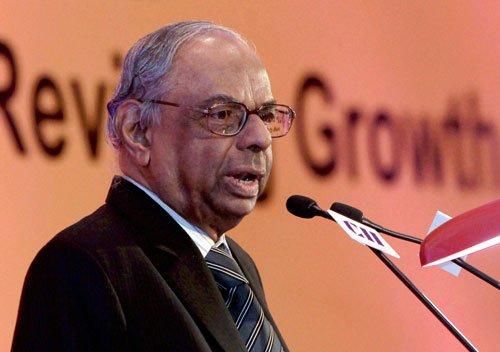 RBI should wait until budget before cutting rates: Rangarajan