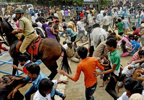 Seven injured in Eden stampede, minister says 'chhoti baat'