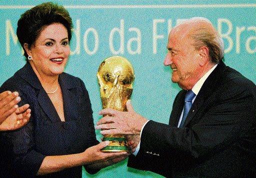 Blatter silent on Qatar question