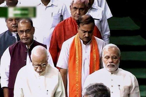 Advani not in seat next to PM in Lok Sabha